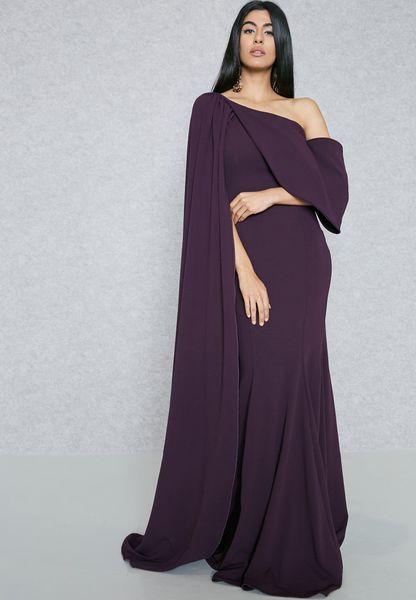 فستان عاري الكتف