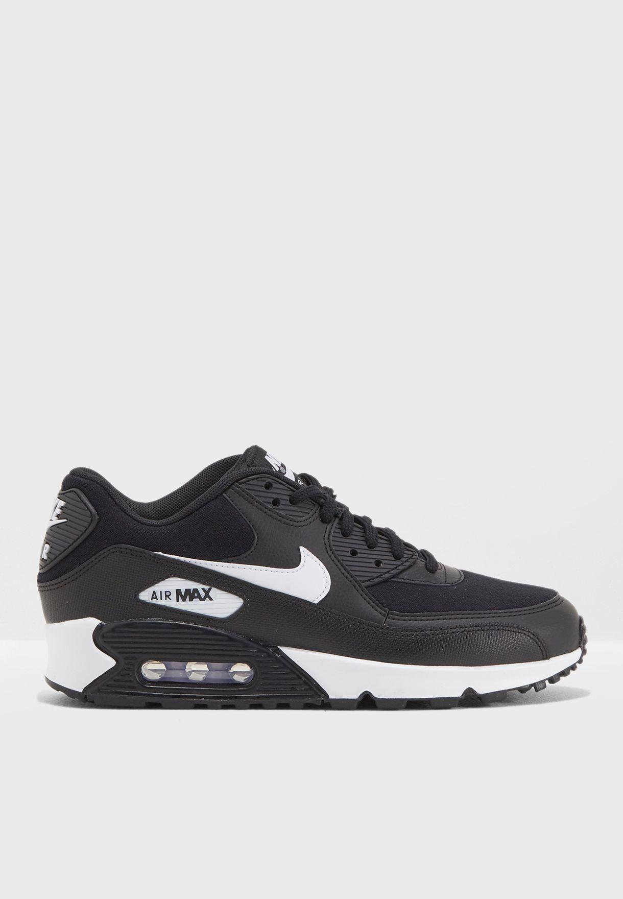 47e8e62ca5 Shop Nike black Air Max 90 325213-047 for Women in Saudi - NI727SH05PYK