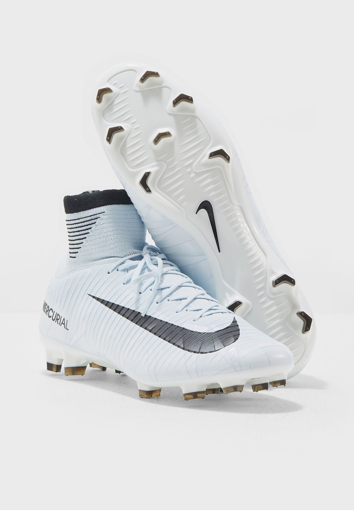 c3426ae609a6 Shop Nike white Mercurial Veloce III DF CR7 FG 852518-401 for Men in ...