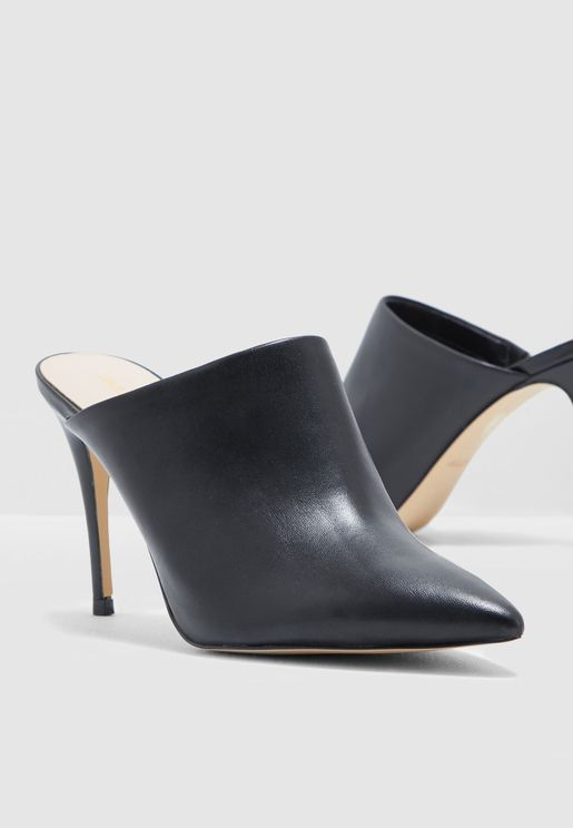 Lareidith Heeled Pumps