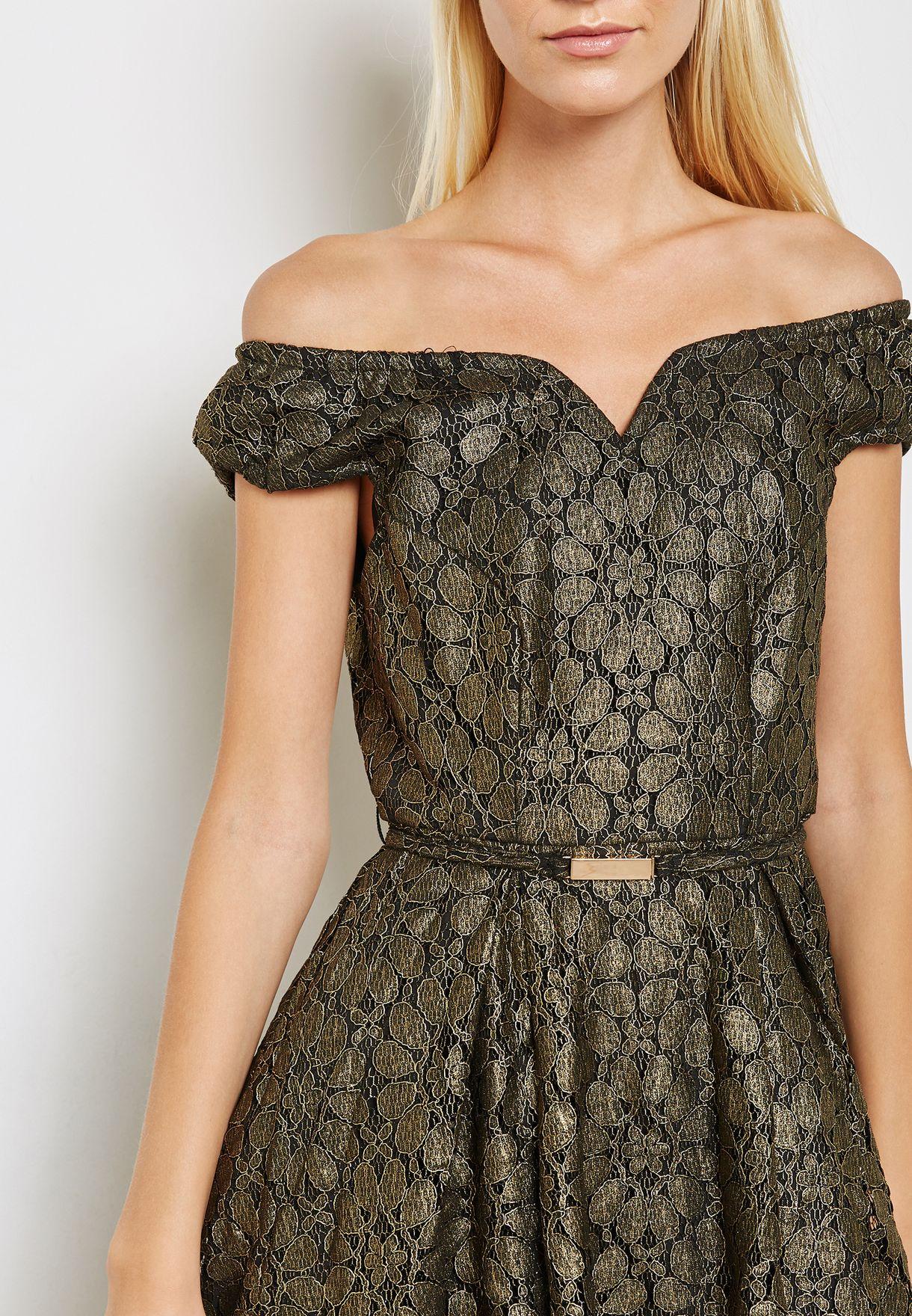 فستان باجزاء دانتيل