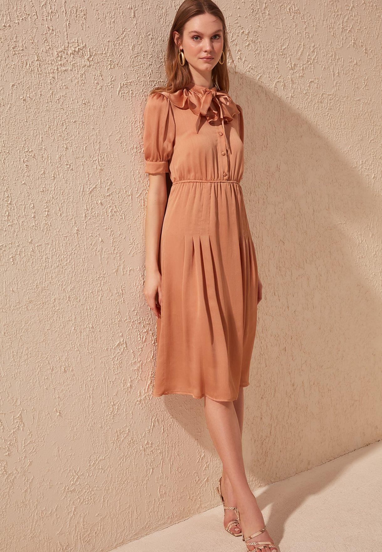 Ruffle Detail Pleated Dress