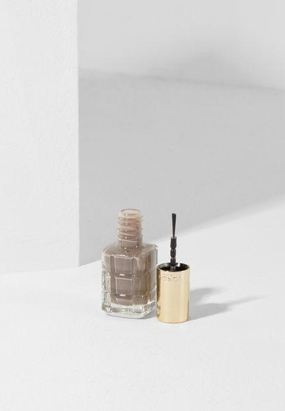 Nails + Oil Greige Amoureux #664
