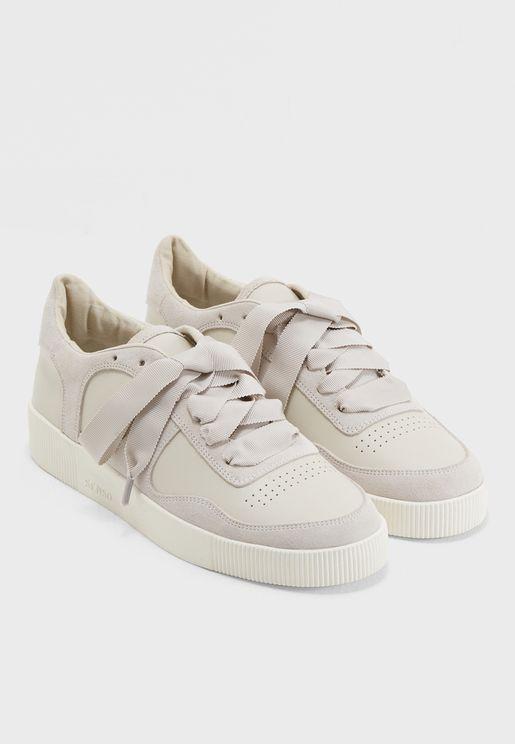 Amelie Sneaker