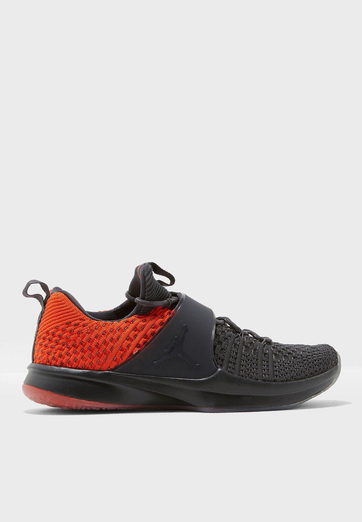 outlet store c1551 3fedf Shop Nike multicolor Jordan Trainer 2 Flyknit 921210-012 for Men in ...