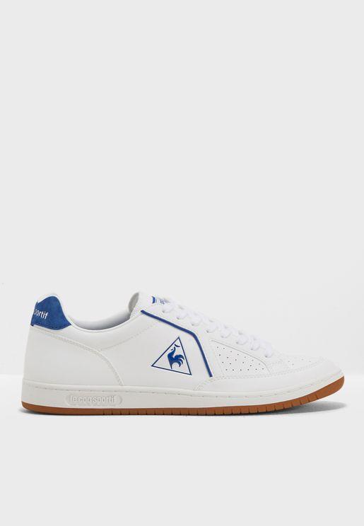 حذاء سبورت كلاسيكي
