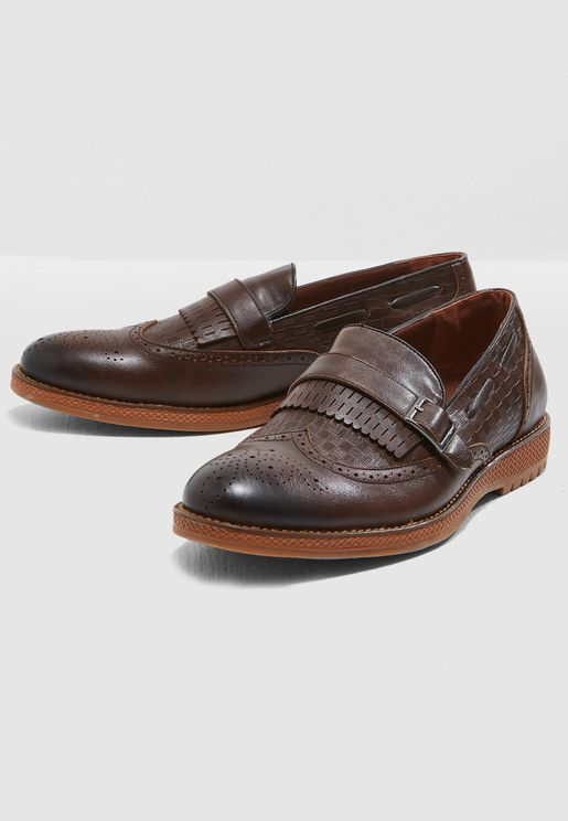 Wing Cap Brogue Casual Slip Ons