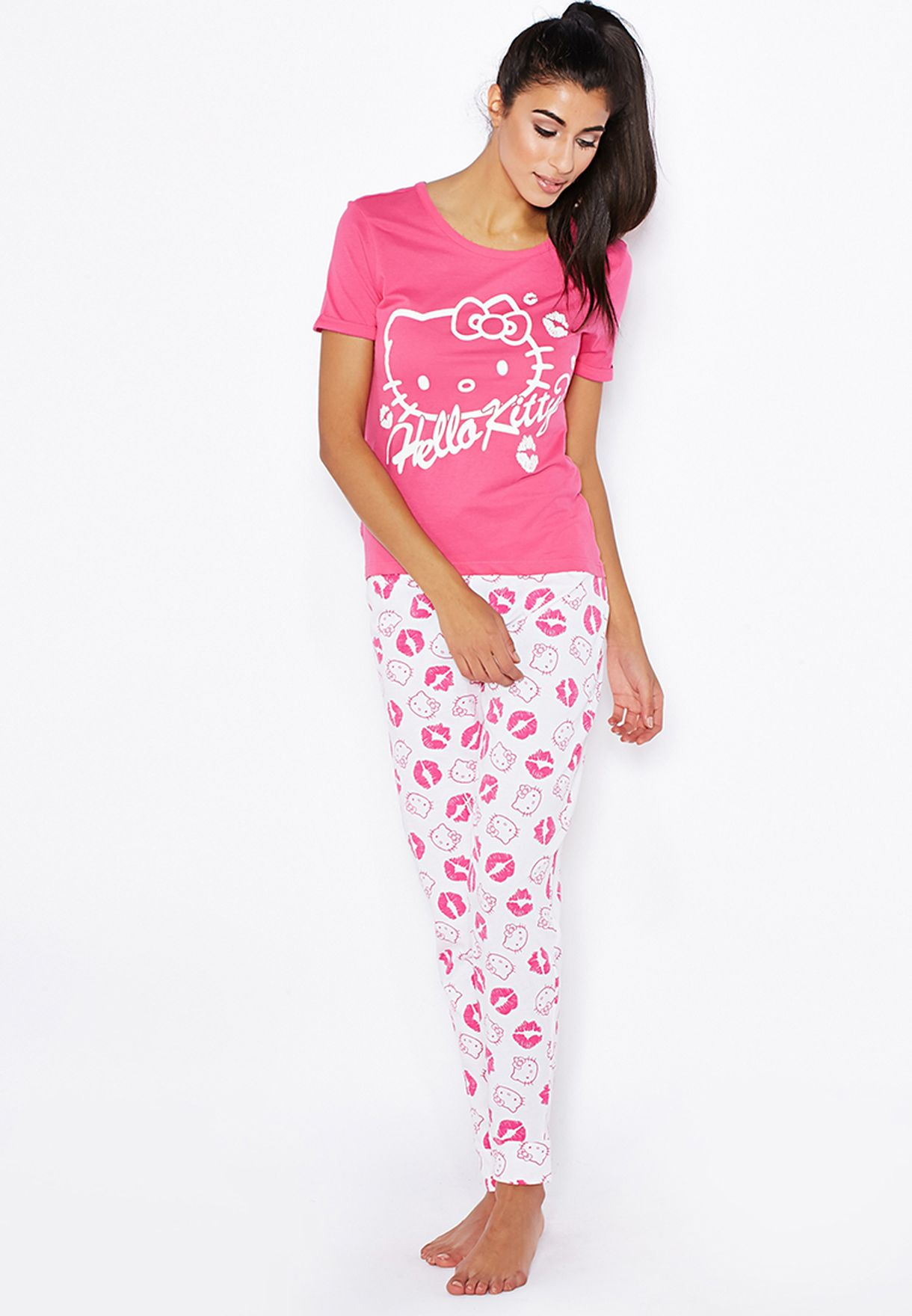 e119ae580 Shop Hello Kitty pink Pajama Set for Women in UAE - HE332AT84VVR