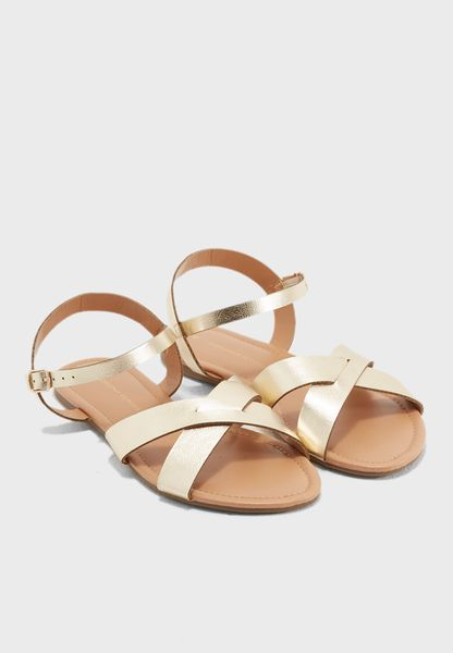 Falcon Sandals
