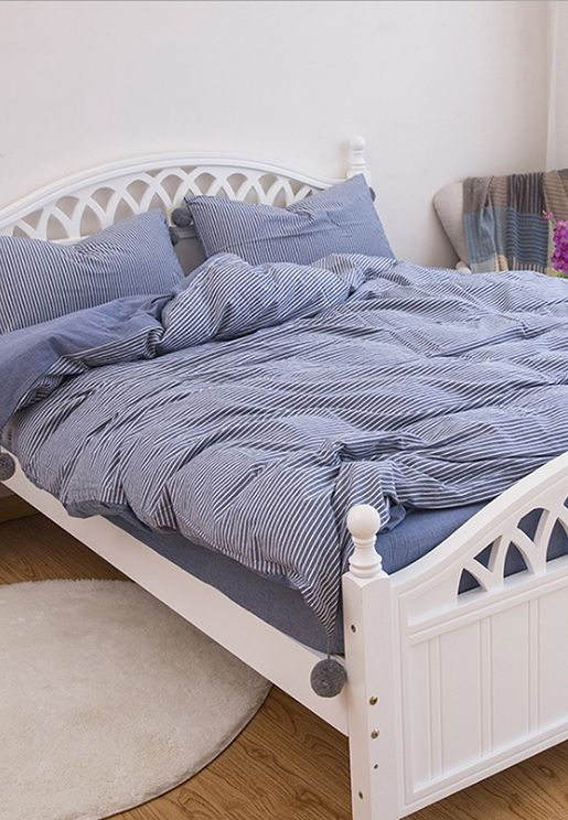 Oversized Striped Pom Pom Bedding - King