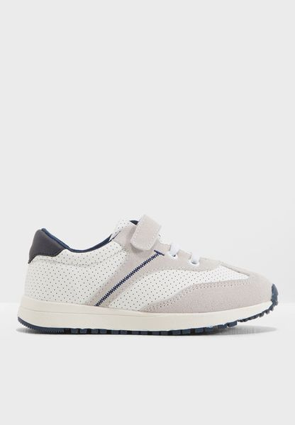 Youth Adonis Sneaker