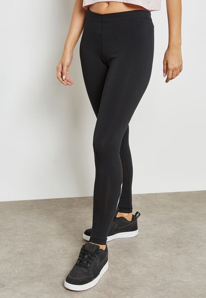 Leg-A-See Leggings