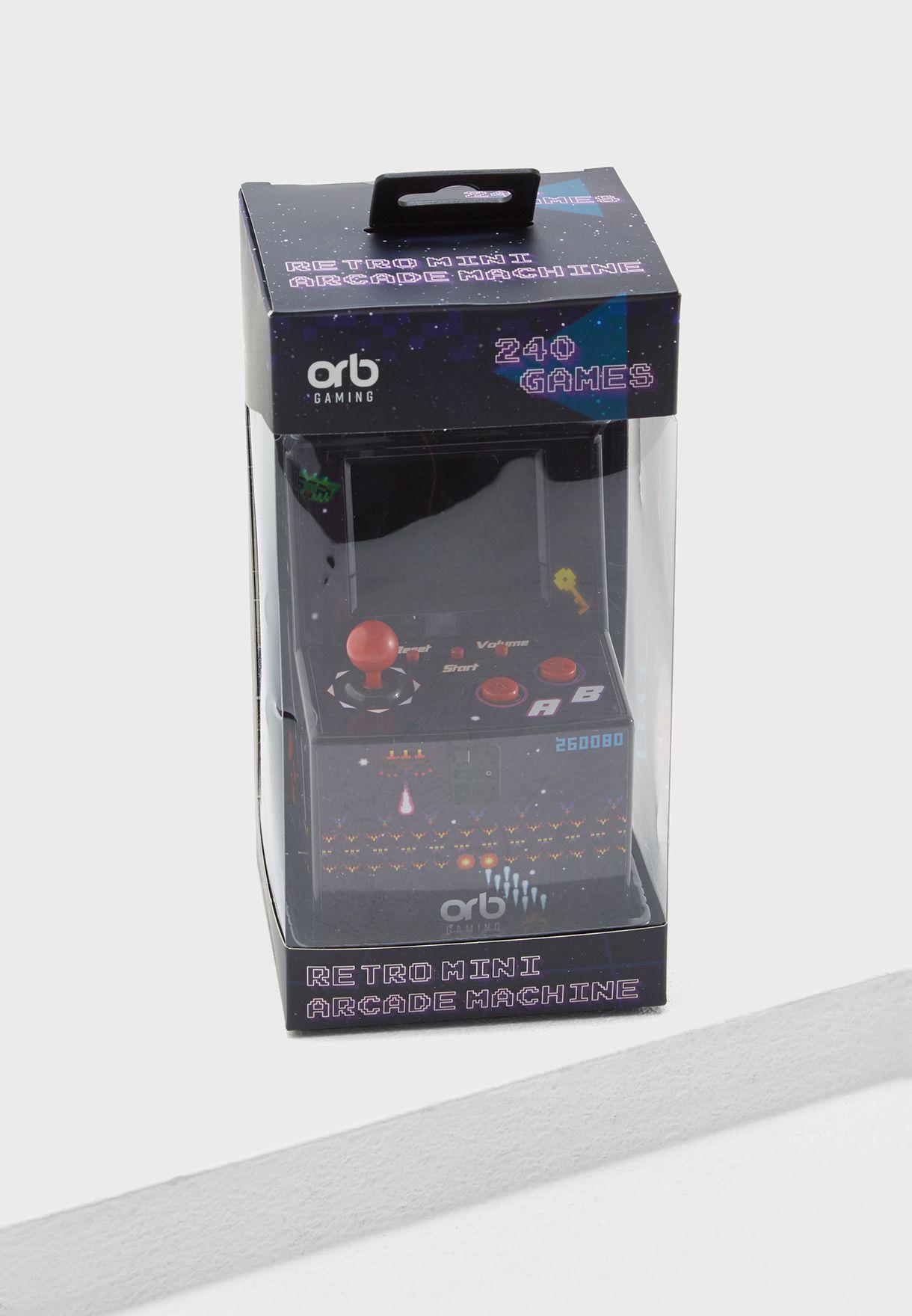 ماكينة ألعاب صغيرة