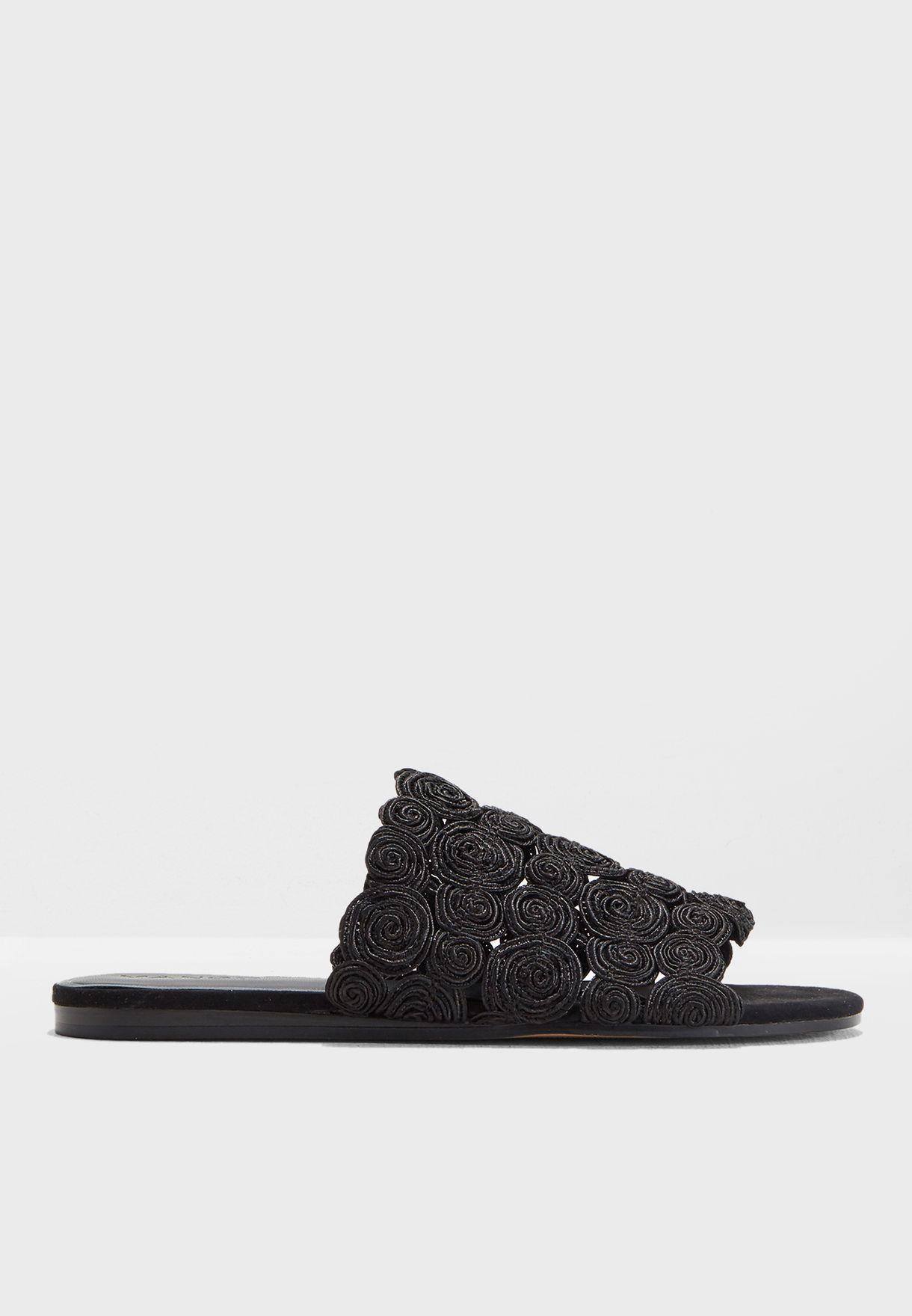 a1798804c4e Cargol Braided Design Sandals