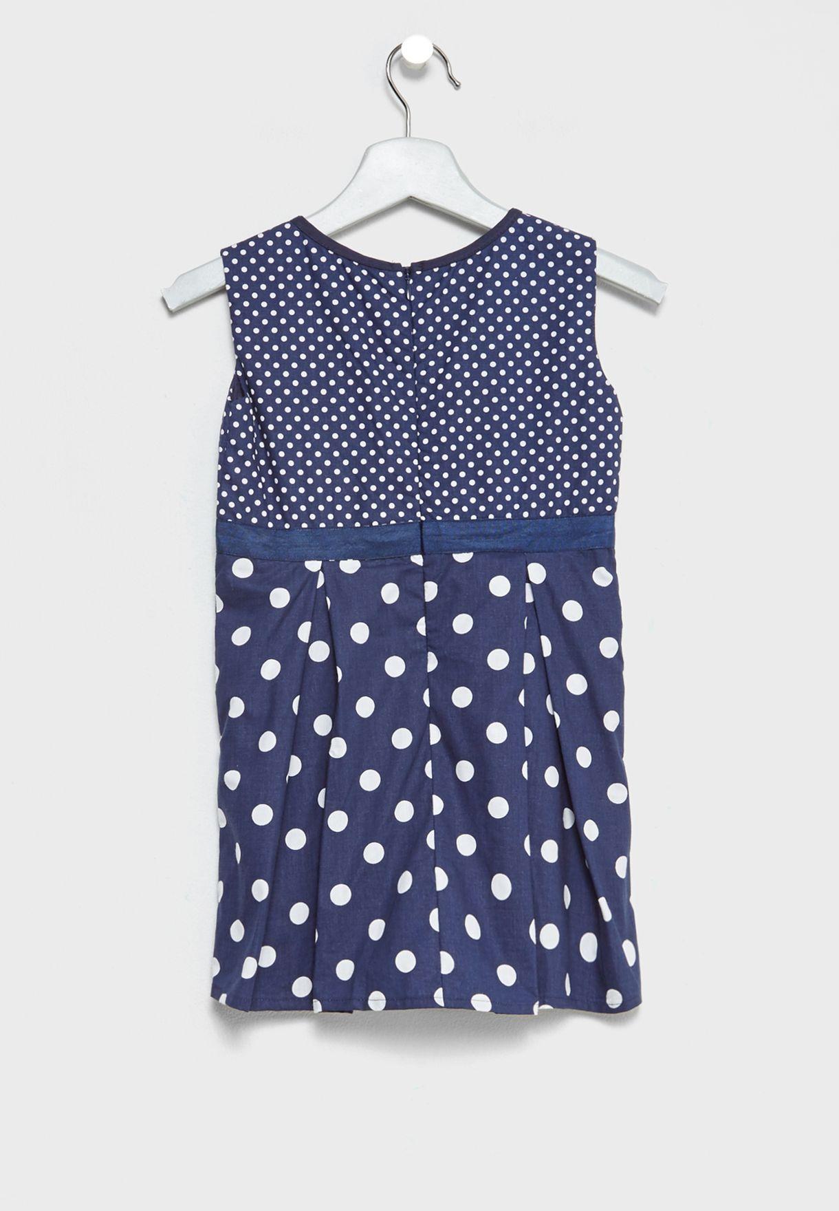 فستان بطبعات نقوط