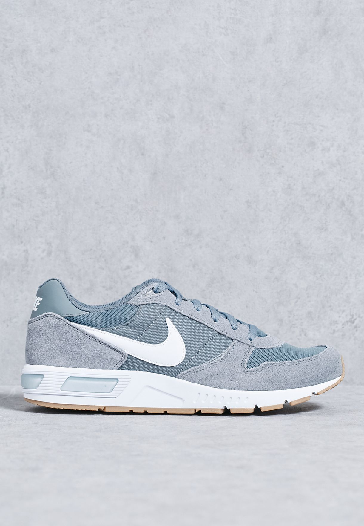 outlet store 5342f 27ff4 Shop Nike grey Nightgazer 644402-007 for Men in UAE - NI727SH74TCR