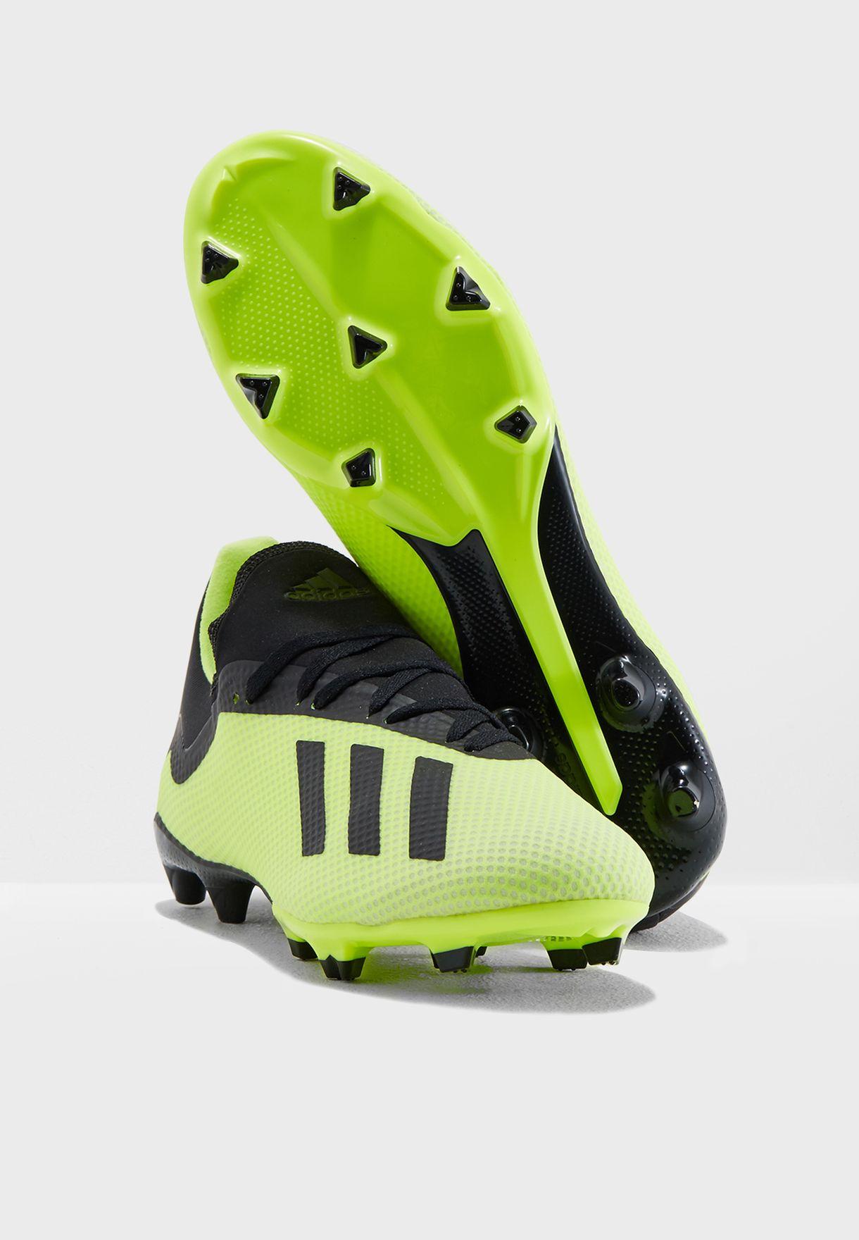 حذاء اكس 18.3 للاسطح الصلبة