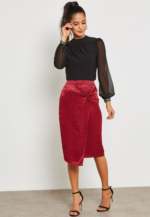Front Twisted Jacquard Skirt