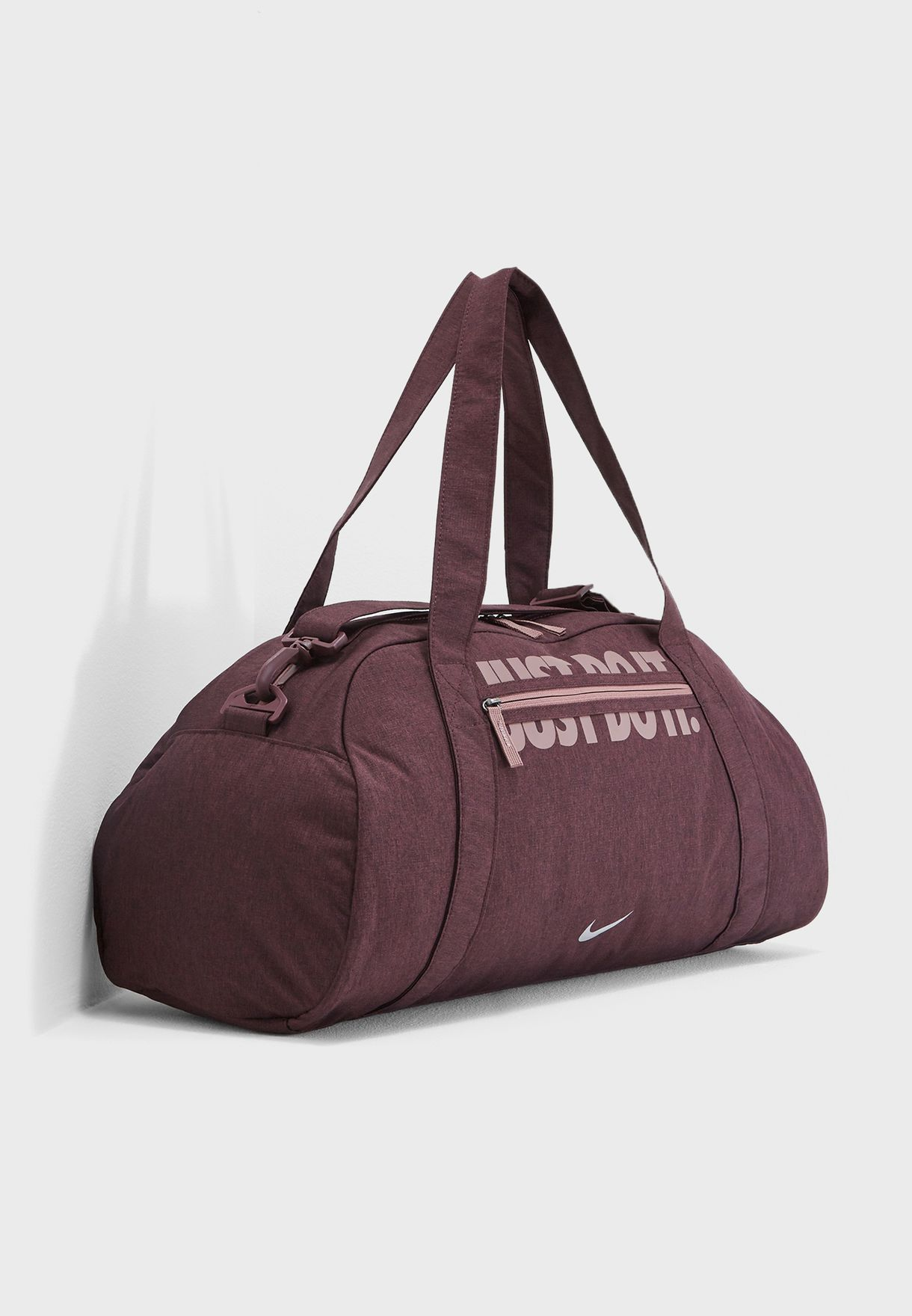 Shop Nike burgundy Gym Club Duffel BA5490-653 for Women in Saudi ... fd379d78bfd1f
