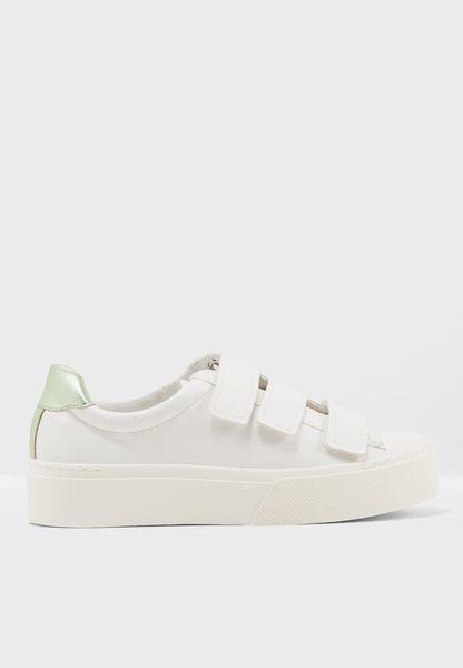 Sol Velcro Sneaker