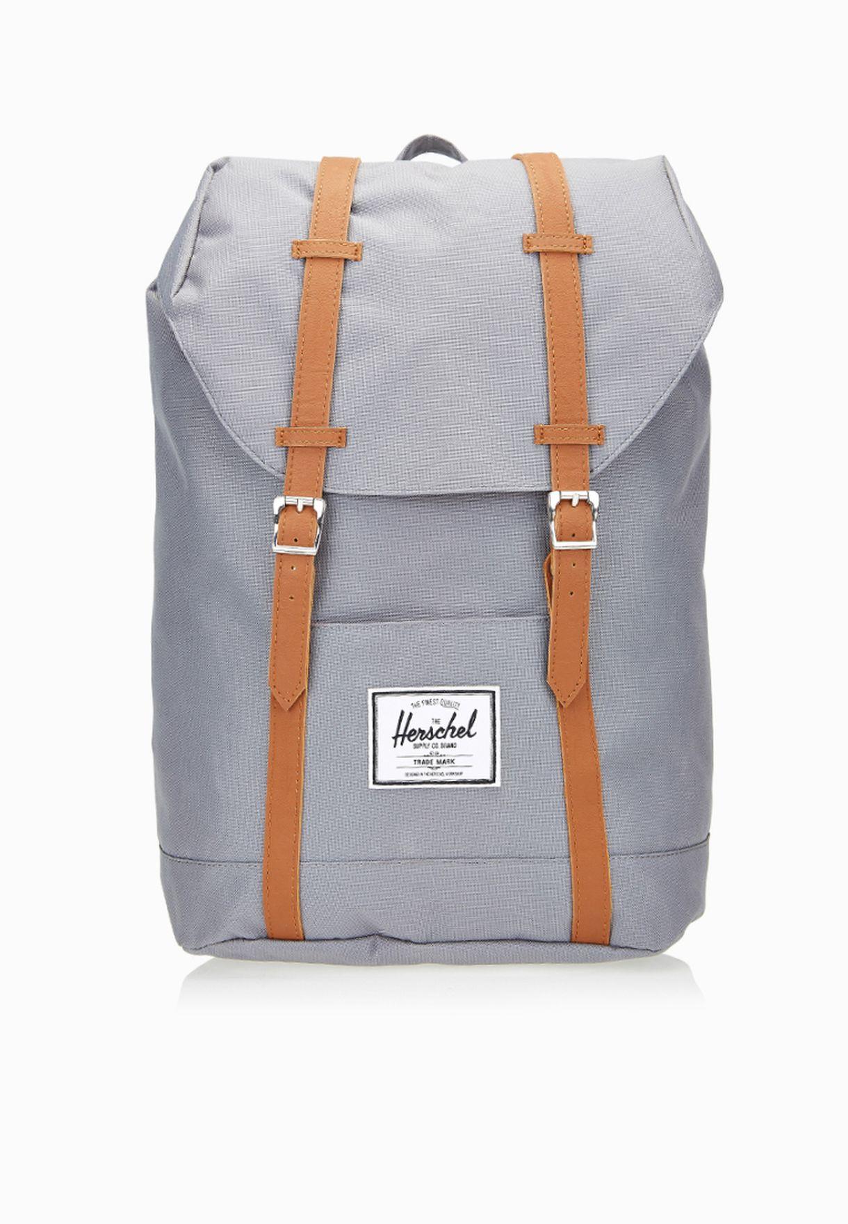 Shop Herschel grey Retreat Backpack 10066-00006-OS for Men in Qatar -  HE829AC64QCL 61253b014cd33