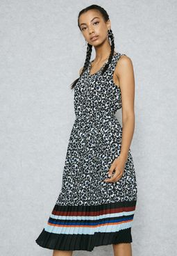 Printed Striped Hem Pleated Dress