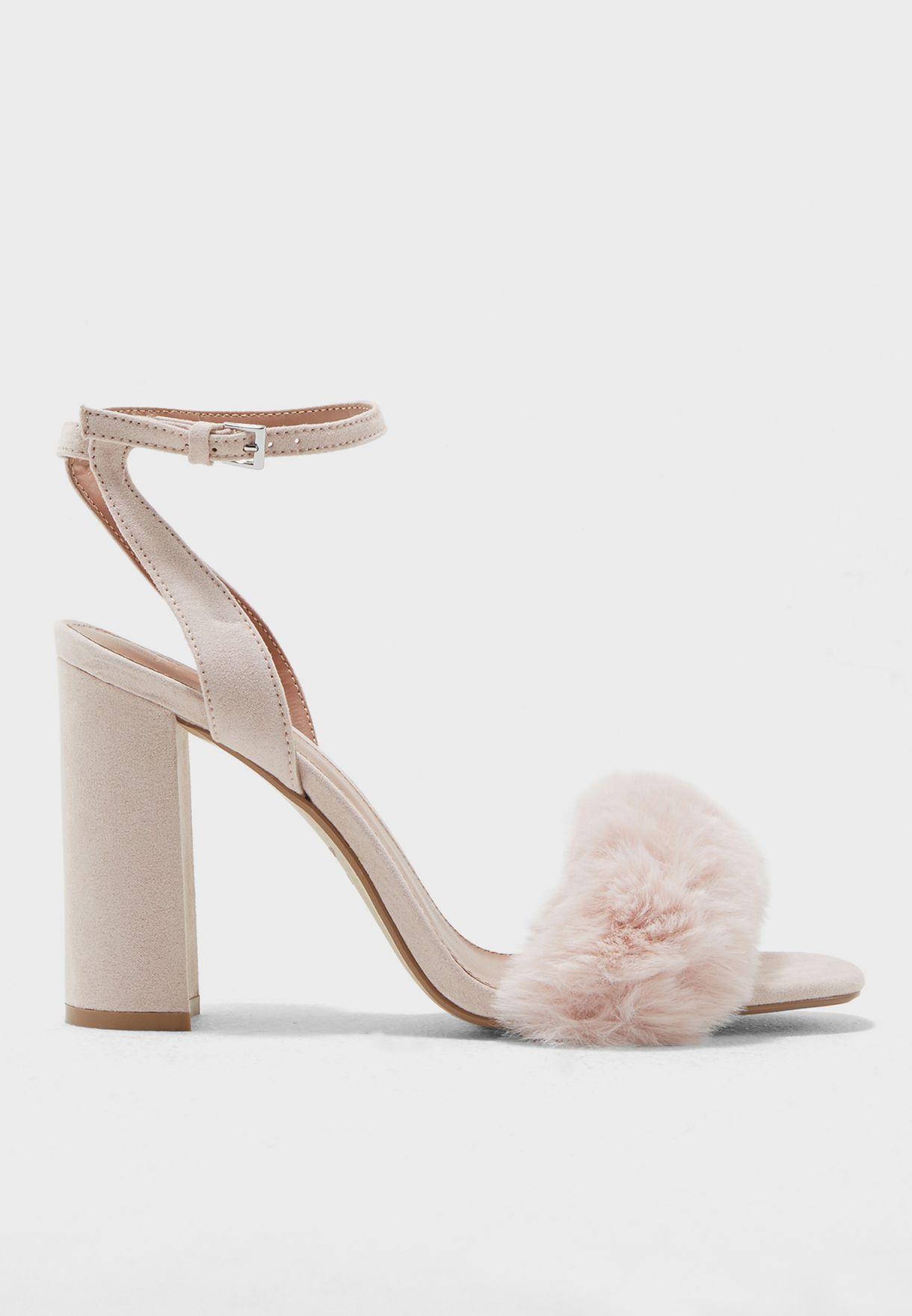 e1cb75d628e Shop Topshop pink Maison Faux Fur Block Heel Sandal 42M07MNUD for Women in  Qatar - TO856SH64BWT