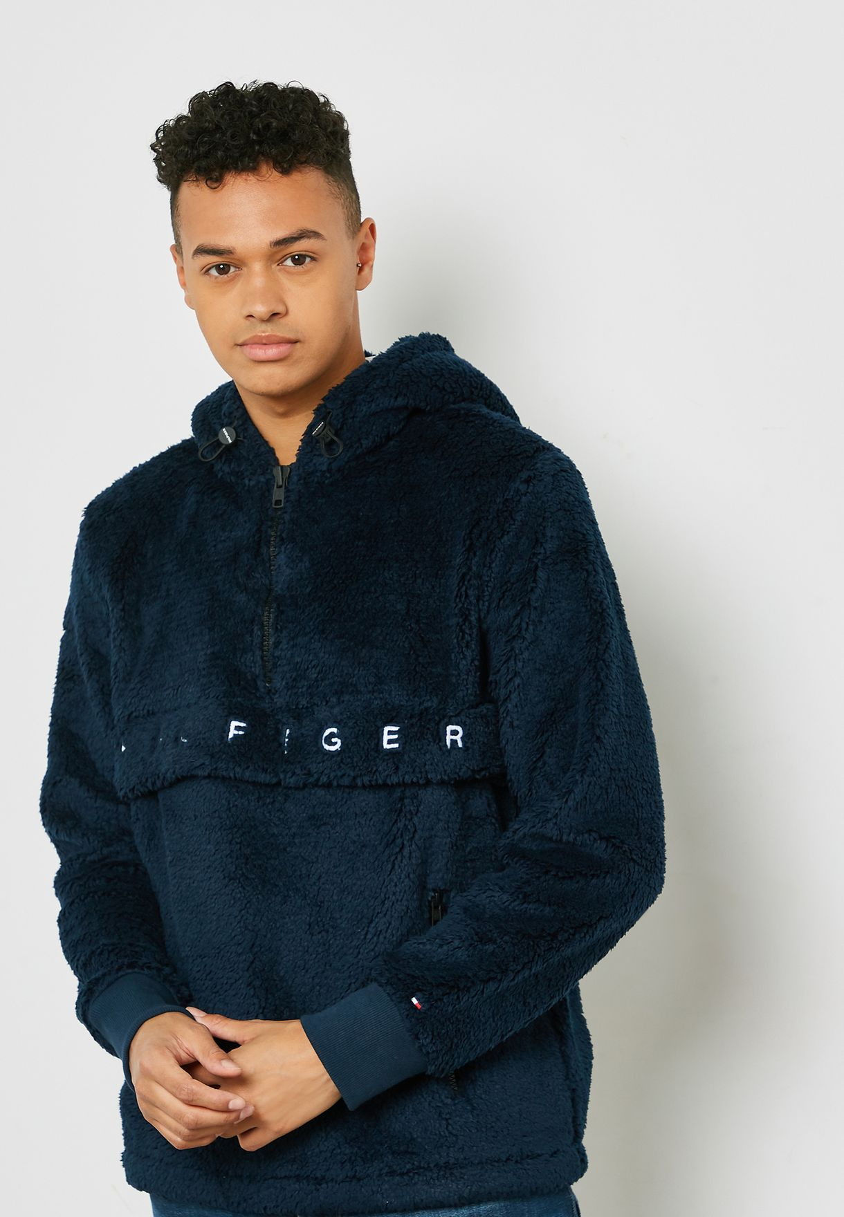 1cb04110 Shop Tommy Hilfiger navy Oversized Hoodie MW0MW07934403 for Men in ...