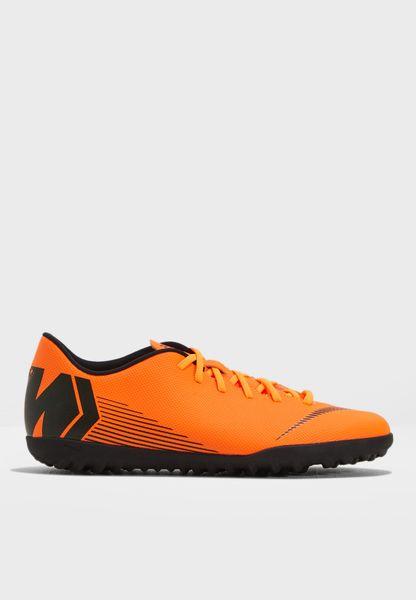حذاء ميركوريال فابوركس 12 كلب للأرض العشبية