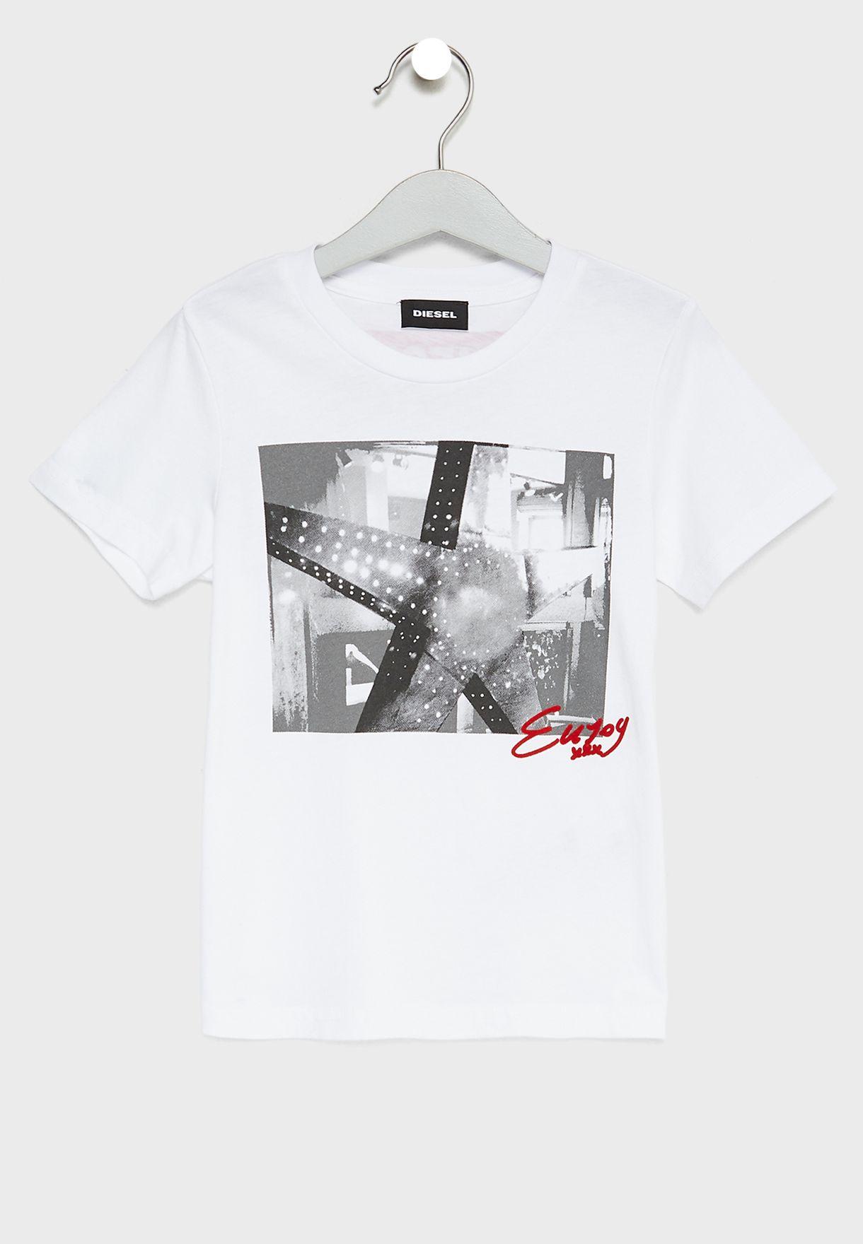 d5090c4a9 Shop Diesel white Little Graphic T-Shirt 00J3ZH-0091B-K100 for Kids ...