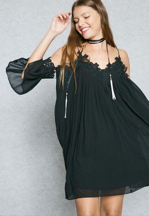Lace Trim Pleated Cold Shoulder Dress