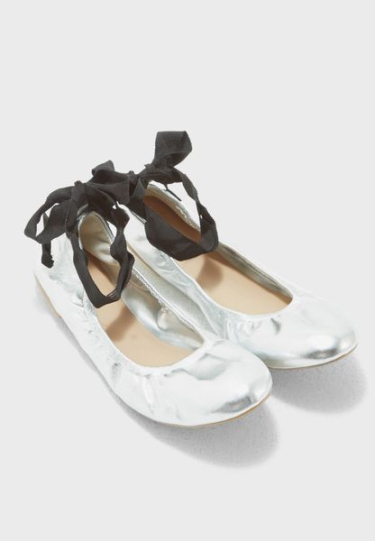 Phay Flat Shoes