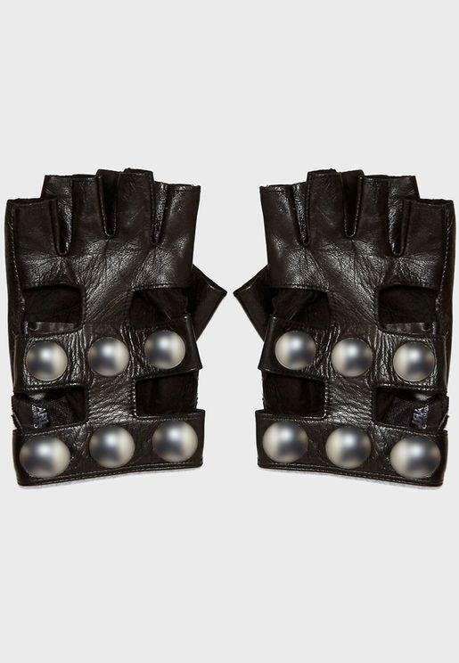 Snaps Gloves