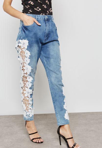 جينز مزين بدانتيل شفاف