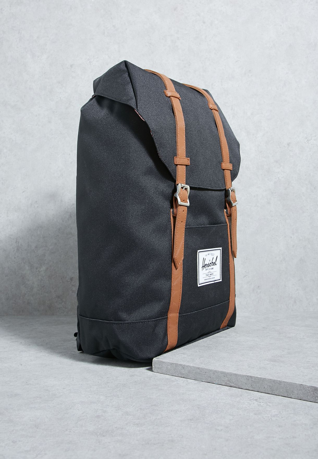 d9234487be8 Shop Herschel black Retreat Backpack 10066-00001-OS for Men in UAE ...