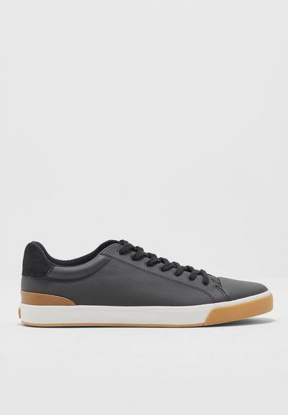 Skarin Sneakers