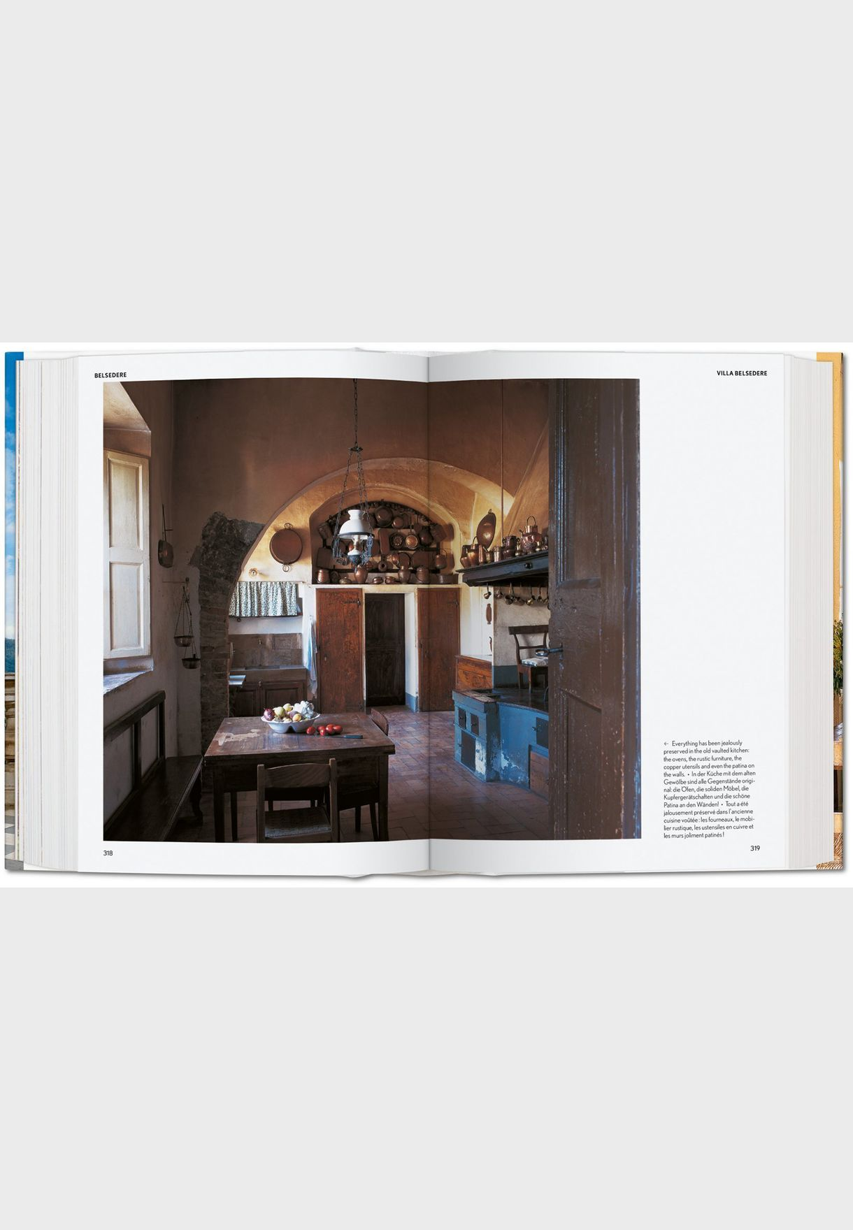 Living in Tuscany Book