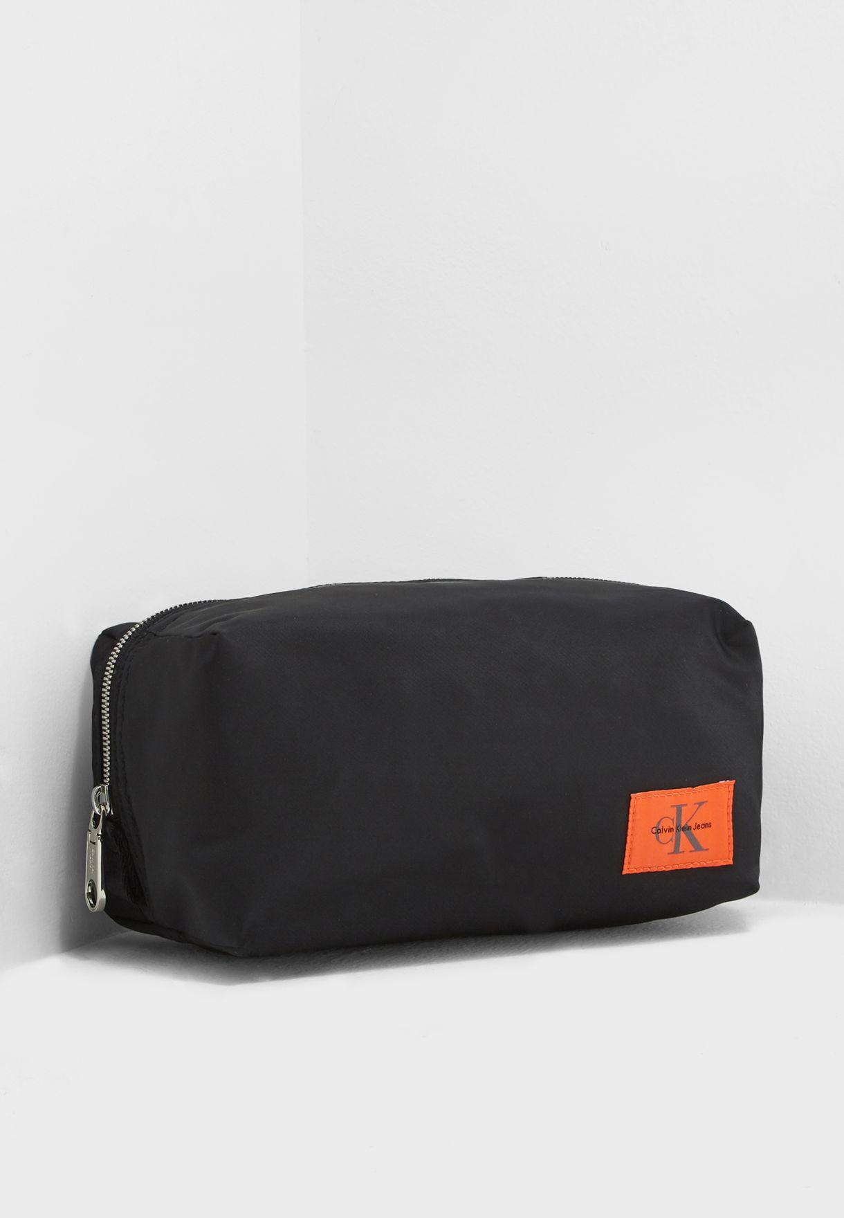 d8e949bac2 Shop Calvin Klein Jeans black Pilot Twill Toiletry Bag K40K400229 for Men  in Bahrain - CA294AC44CED