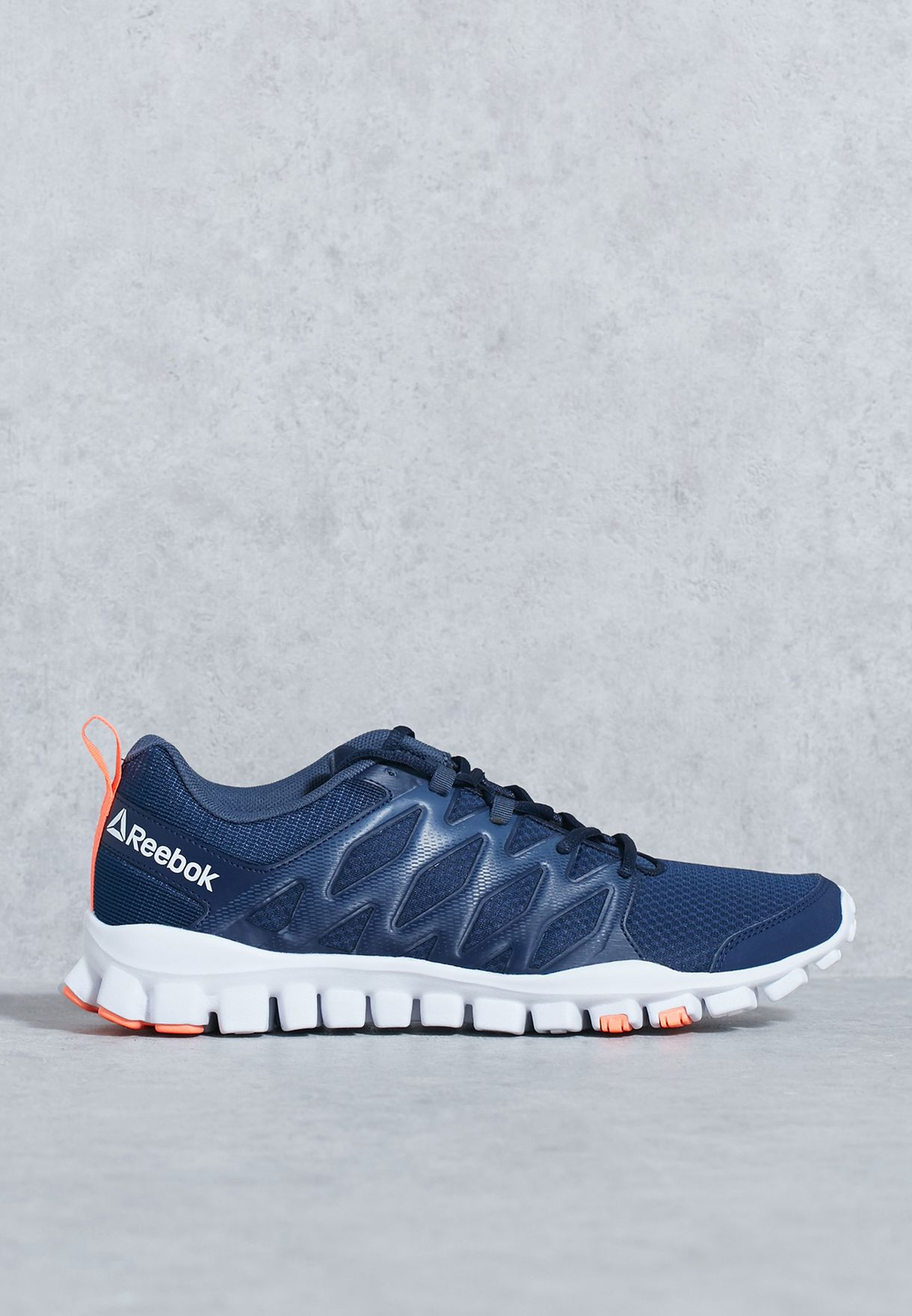 e4897c8e48e1 Shop Reebok navy Realflex Train 4.0 BS8165 for Men in UAE - RE019SH44ORJ