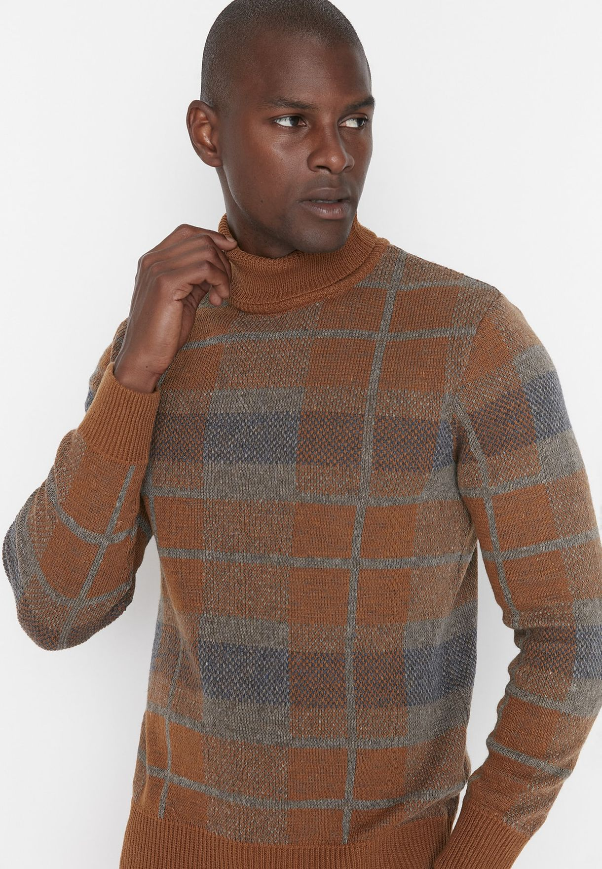 Checked Turtle Neck Sweater