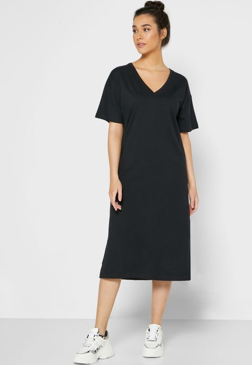 Relaxed V-Neck Midi Dress