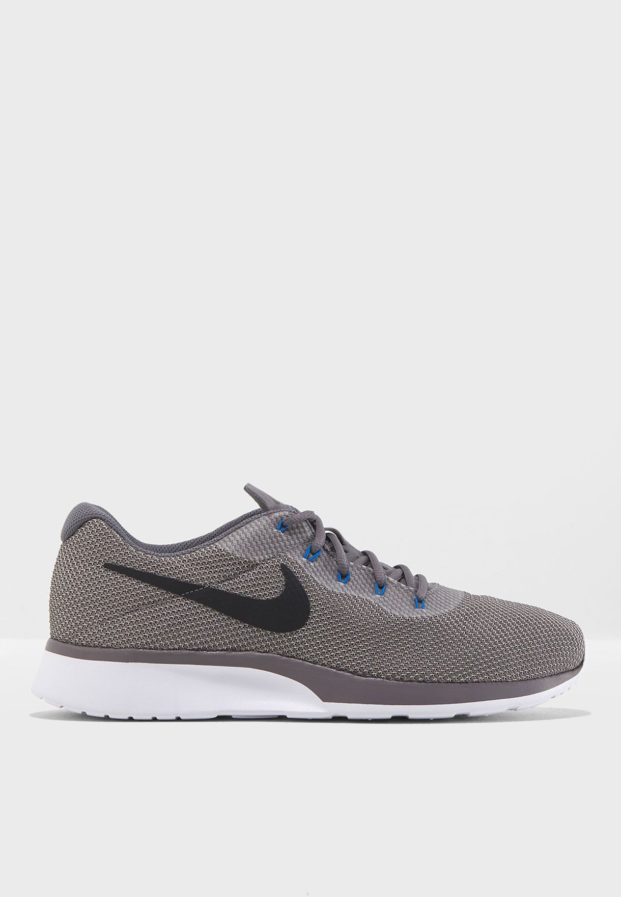 ae62f106805b Shop Nike grey Tanjun Racer 921669-006 for Men in Saudi - NI727SH34JPT