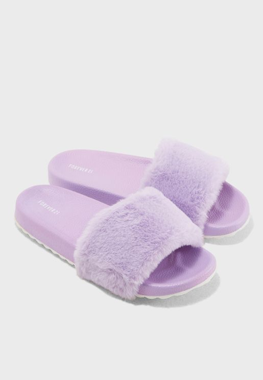 Fur Flat Slide
