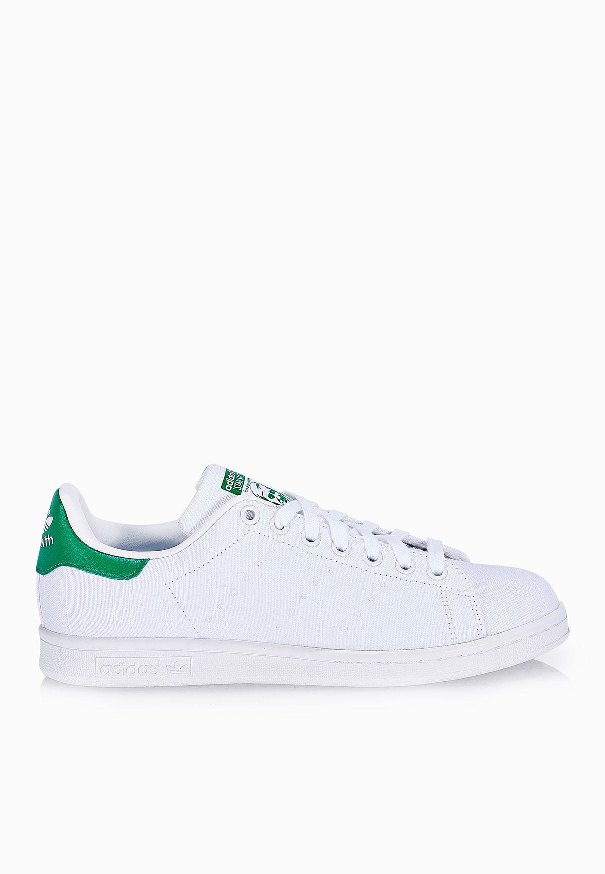 premium selection 3de89 0b48d Shop adidas Originals white Stan SMith S75560 for Women in U