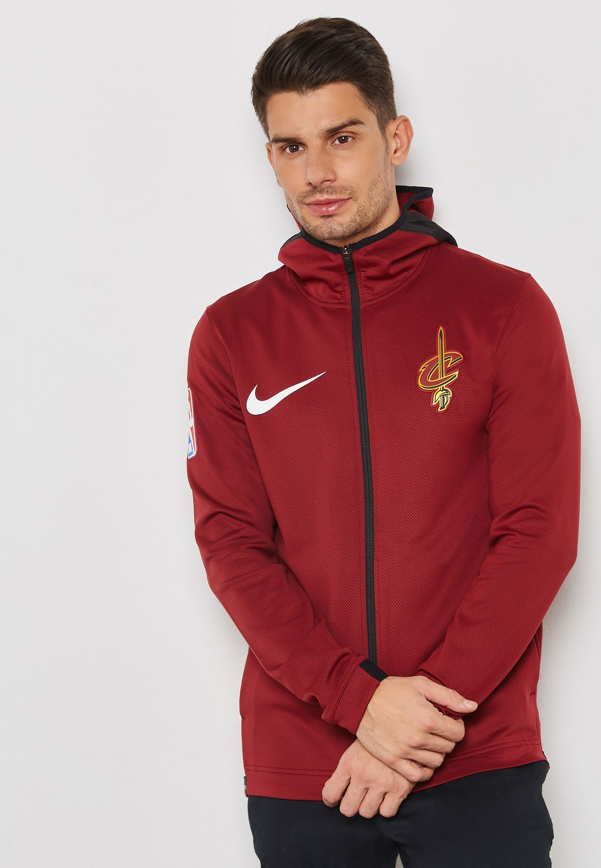 a22cfff3c88 Shop Nike red Cleveland Cavaliers Therma Flex Showtime Hoodie 940120 ...