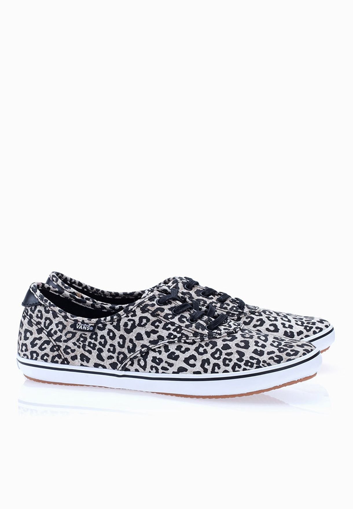 5c22ed7b9b Shop Vans animalprint Huntley Sneakers for Women in Oman - VA088SH34PYV