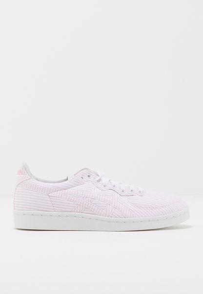حذاء جي اس ام