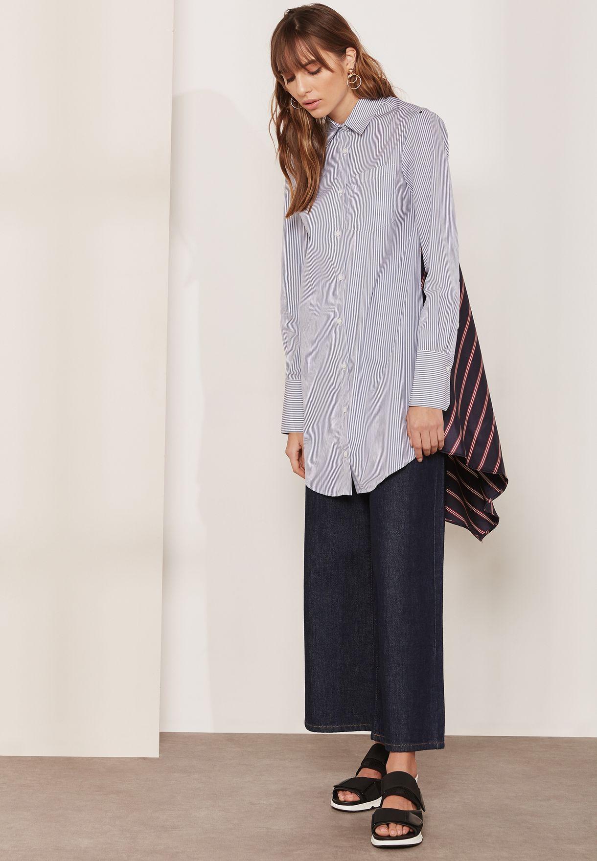 فستان بنمط قميص بطبعات خطوط