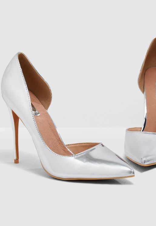 Gigi D'Orsay Court Pump