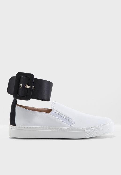 حذاء رين سهل الارتداء